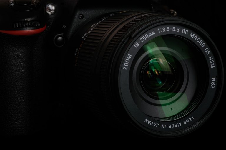Five Point Digital Camera Buyers Guide